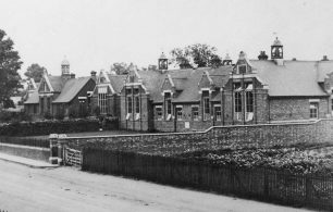 Bletchley Road School [BLEP389].