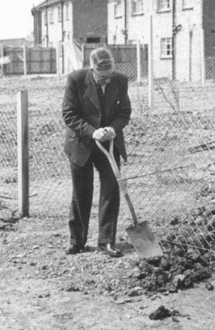 'Pop' Barrow digging the garden in St Andrew's Road