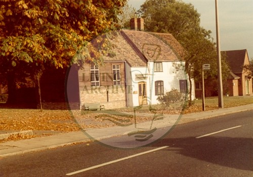 Rectory Cottages, Church Green Road, Bletchley, 1978. Illustrative photograph supplied by kind permission of BCHI (Accession Ref: BLE/P/1485).