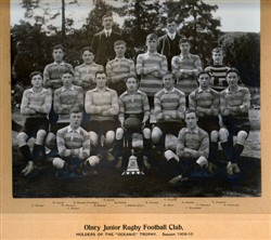 "Olney Junior Rugby Football Club, holders of the ""Oceanic"" Trophy, season 1909-10"