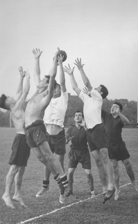 Wolverton Rugby Club practice session