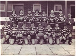 Bletchley RUFC Team Photograph 1st XV 1971-72