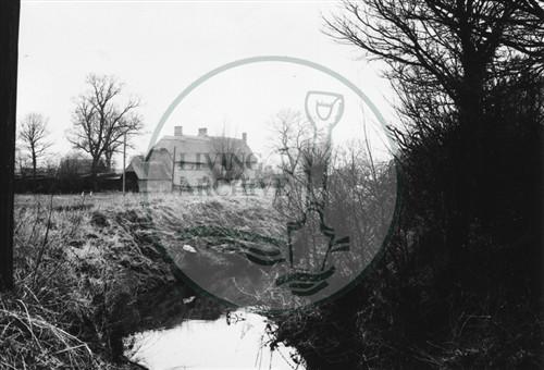 Photograph of Loughton Manor Farm (1971).
