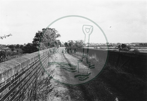 Photograph of railway bridge at Stacey Hill (1971).