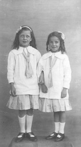 Photograph of Ciss Green & Maud Bartholemew