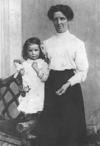 Photograph of Maud Bartholomew and her mother.