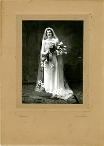 Official wedding photograph of Beryl Louise Brown.