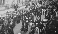 McCorquodales Strike Wolverton 1915.