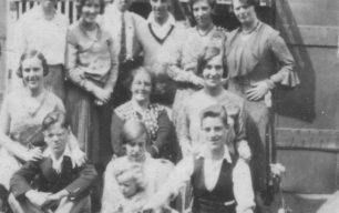 Craddock family with cousins from Bedford in King Edward Street