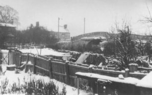 Canal Bridge, Bradwell Road in the snow.