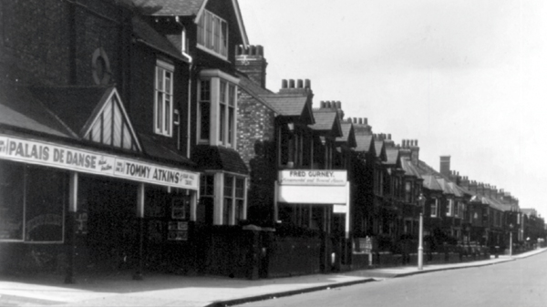 The Picture Palace, Stratford Road, Wolverton on the left shows the Palais de Danse starring Mabel Poulton, possible date late 1920's