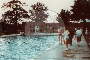 Interview with Eileen Corden (b.1923) about Bletchley, the Queen's Pool and the swimming club.