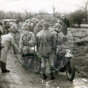 North Bucks Motor Club: start of Whitely Trials,  at Sandy Lane, Brickhill, 1949-50. Illustrative photograph supplied by kind permission of BCHI (Accession Ref: BLE/P/961).
