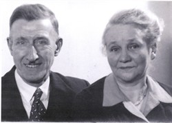 Photograph of Fred and Nora Nutt