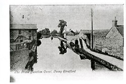Postcard of the Grand Junction Canal at Fenny Stratford