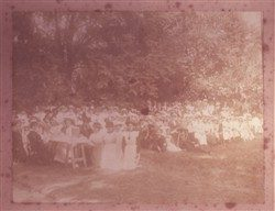 Photograph of McCorquodales Strike workers having tea in Bradwell Vicarage Garden