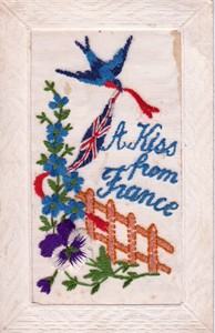 Embroidered postcard 'A Kiss from France'