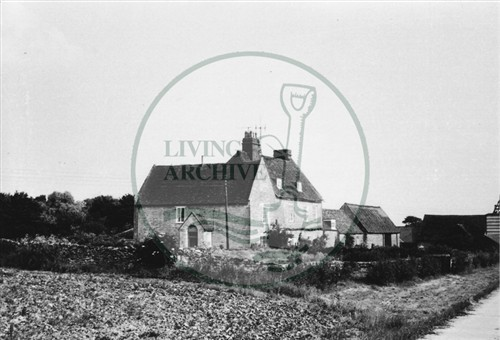 Photograph of Bradwell Abbey Farm (1971).