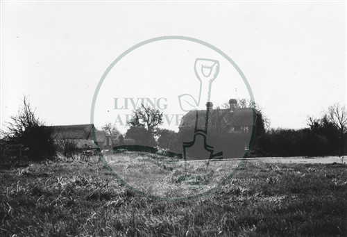 Photograph of Kiln Farm barn south of Stony Stratford 1978.