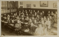 Wolverton Infants School 1914.