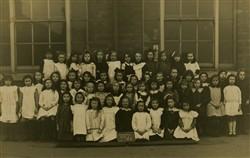 Wolverton Girls School class.