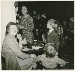 Beryl Brown with Graham and Hayley Edwards.