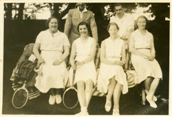 Tennis players including Blanche Brown, Beryl Taylor, Flo Taylor and Maisie Brown.