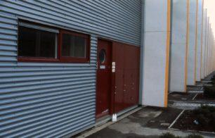 A front door in Beadlemead, Netherfield
