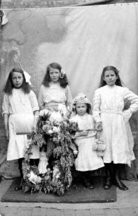 Children collecting funds with their May Garland, 1911.