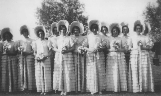 Fete group dressed as 'Old Fashioned Ladies'.
