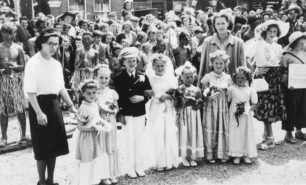 Children dressed as a wedding group at the Carnival.