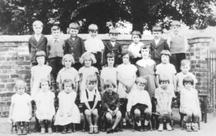 Old Bradwell Infants Class group, 1939.
