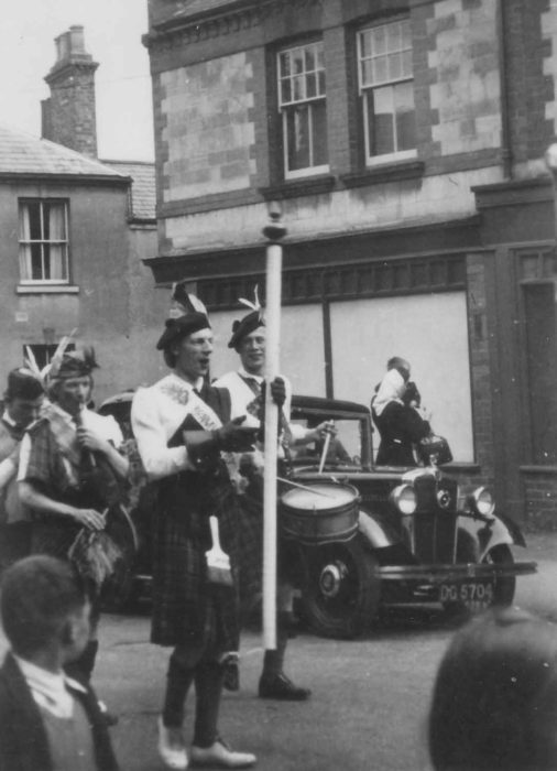 The Bradwell Girl (Boy?) Pipers