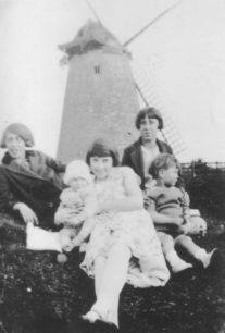 Group of people at  Bradwell Windmill in 1929.