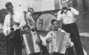 Accordian band.