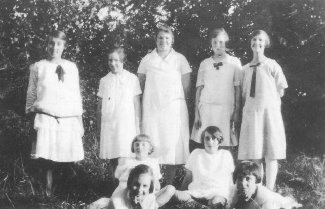 Dancing set 1926-7