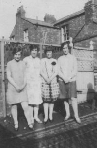 Eileen, Elsie and Doris Craddock and cousin in 1927