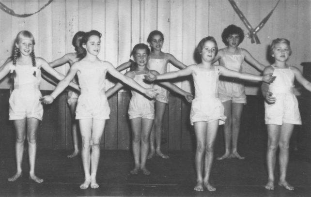 Eight girl dancers