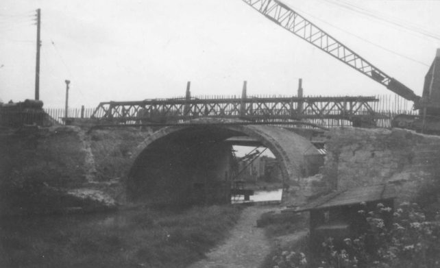 Reconstruction of Bradwell Road canal bridge.