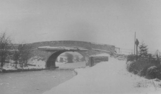 Canal Bridge in 1963 Winter snow.