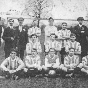 An Old Bradwell Football Team.