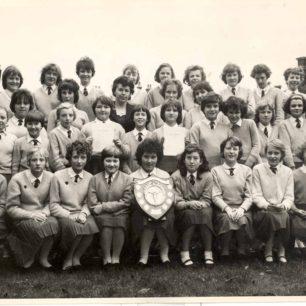 Old Leon School Choir after winning trophy