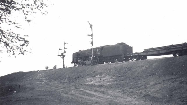 BR Standard Class 9F 2-10-0 steam locomotive on the new Oxford line