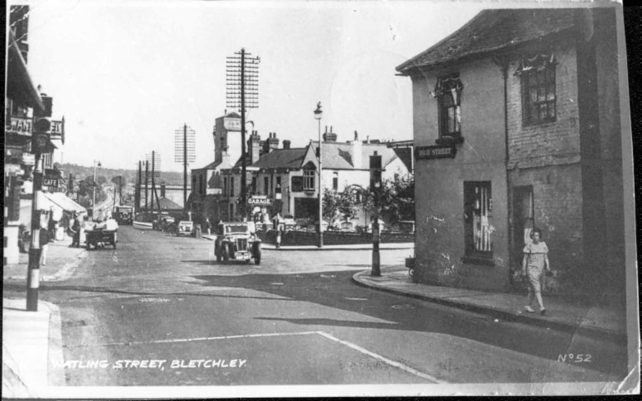 Fenny Stratford crossroads