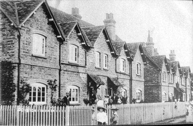 Reginald cottages