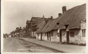 Thatched Cottages and Spurgeon Memorial Church, Aylesbury Street