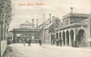 Bletchley Railway Station