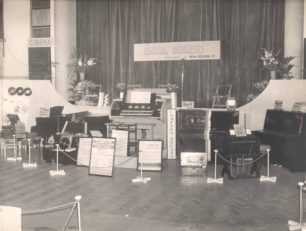Holdom Music Stand 1951 without musicians