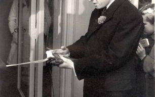 Richard Attenborough opening the Music Box
