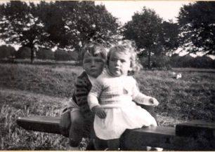 Roger & Pat Holdom as children